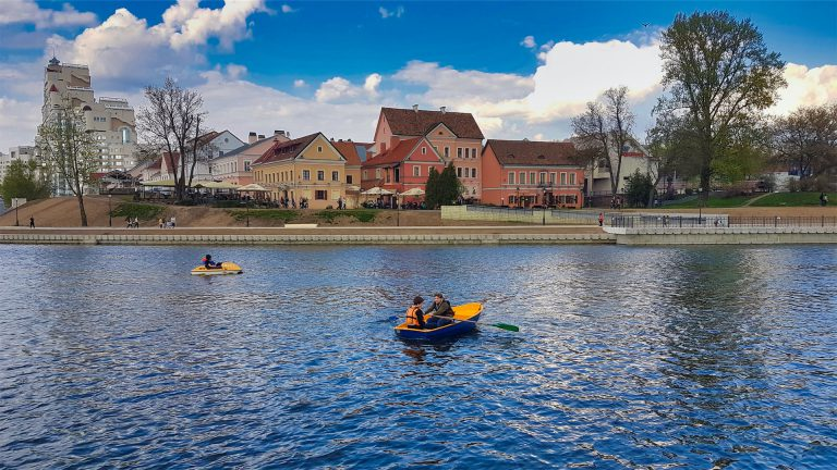 svislach river minsk boating image