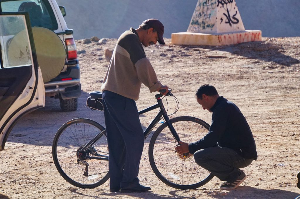 Cycle Morocco service crew