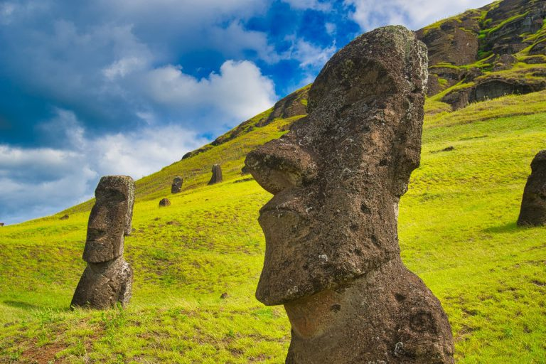 How do you get to Easter Island Rano Raraku