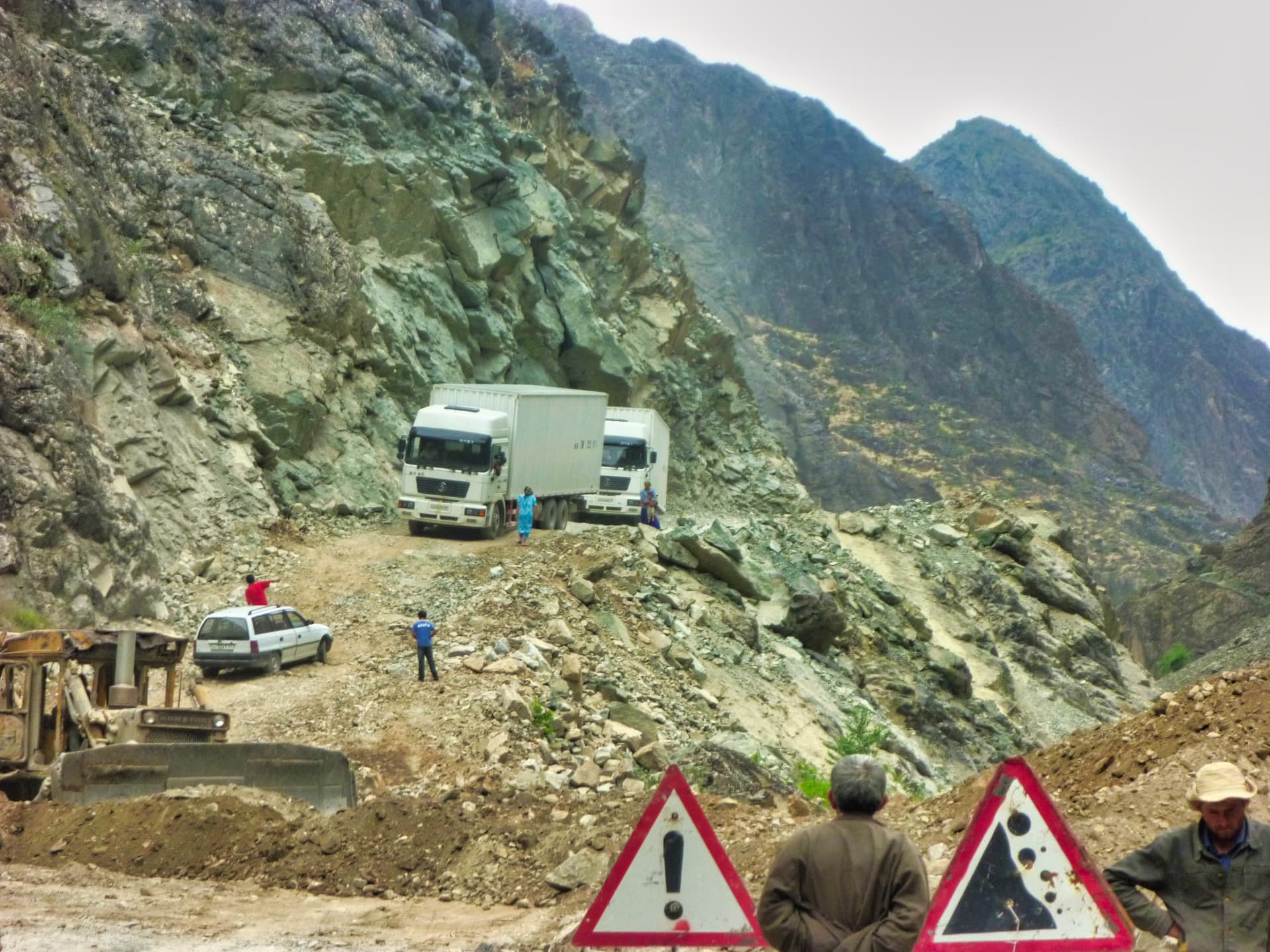 Pamir Highway Dangerous roads