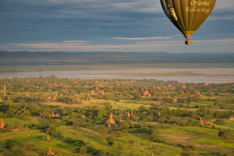 Bagan Balloon Flight Baloon flight over plain of temples