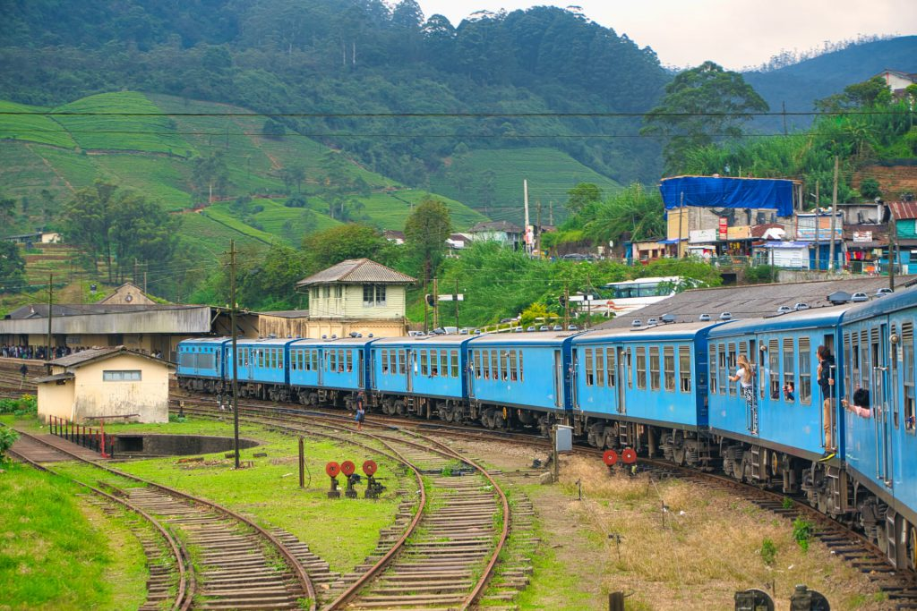 Kandy Ella Train Arriving Nanu Oya Station